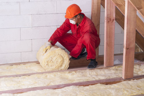 Attic Insulation Energy Efficiency Tips